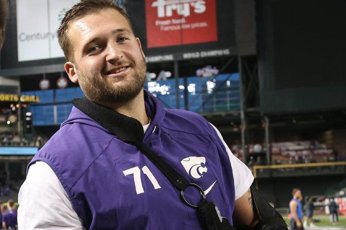 Phoenix, AZ..NCAA Football Cactus Dalton Risner (71) of the Kansas State Wildcats during the Kansas State Wildcats vs UCLA Bruins at Chase Field, in Phoenix on , 2017 (Absolute Complete Photographer & Company Credit: Jevone Moore / Cal Sport Media / Cal Sport Media (Network Television please contact your Sales Representative for Television usage