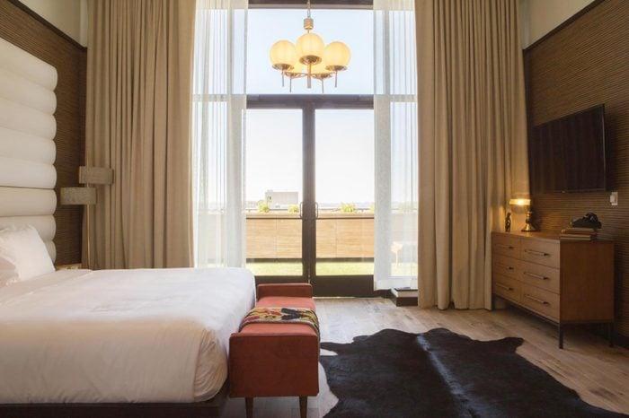 Fairlane Hotel in Nashville, TN