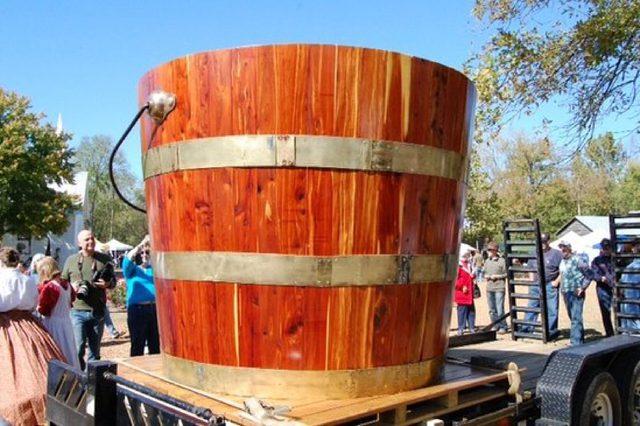 Tennessee Bucket