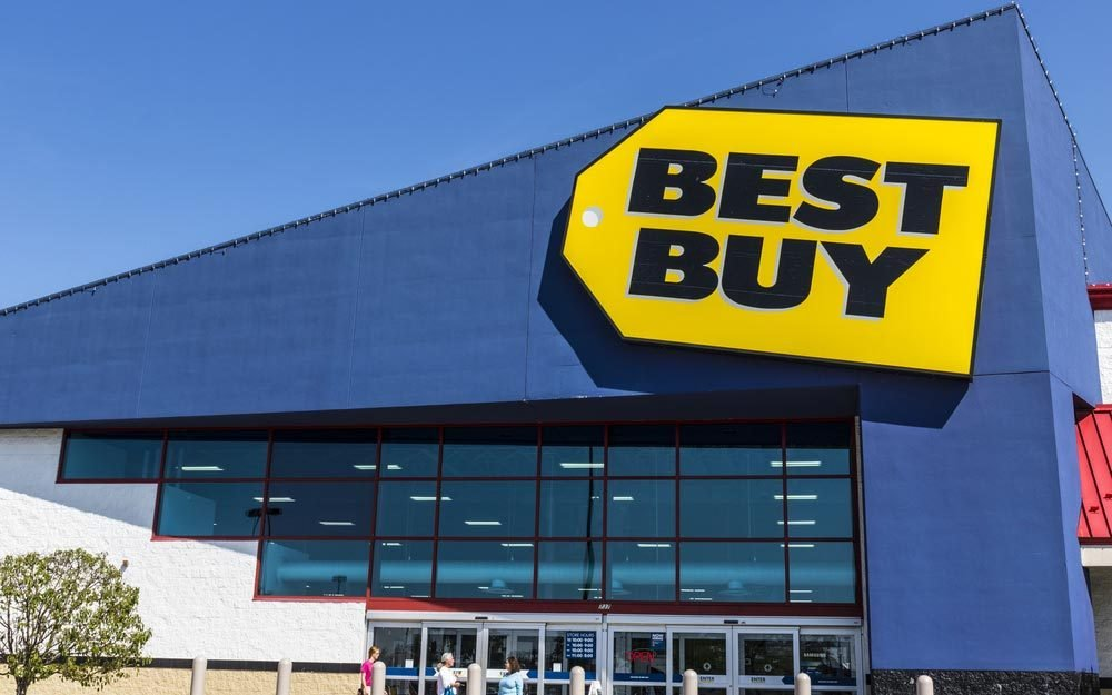 Ft. Wayne - Circa August 2017: Best Buy Retail Location. Best Buy sells a large array of brand-name electronics, computers, appliances & more IV