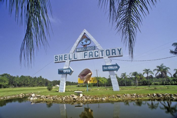 FORT MYERS, FLORIDA - CIRCA 1990'S: Shell Factory, Fort Myers, Florida