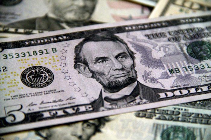 5 dollar bills