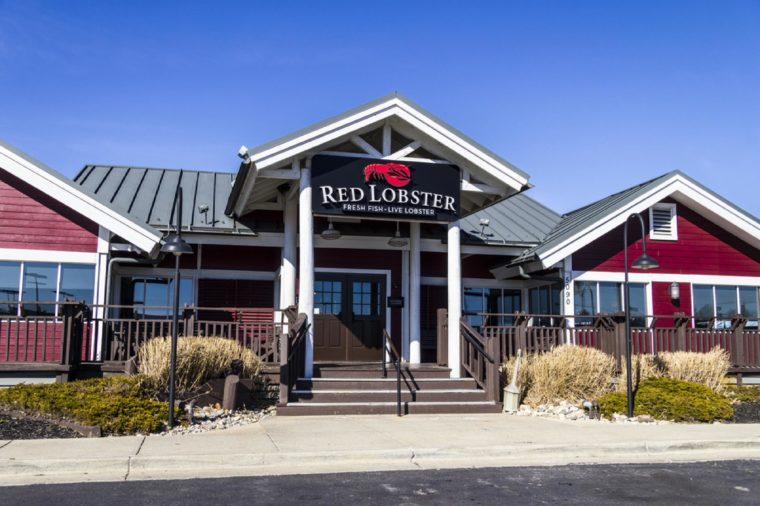 Indianapolis - Circa February 2017: Red Lobster Casual Dining Restaurant, Red Lobster is owned by Golden Gate Capital II