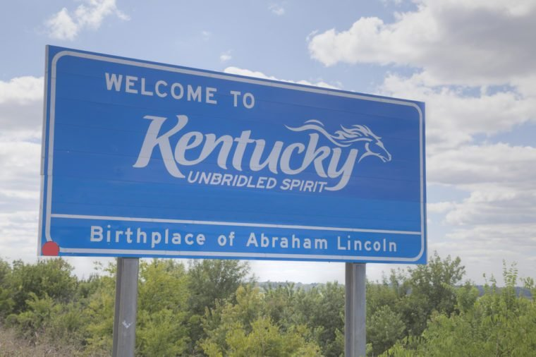 Welcome to Kentucky road sign at the state border