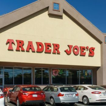 19 Foods Nutritionists Always Buy at Trader Joe's