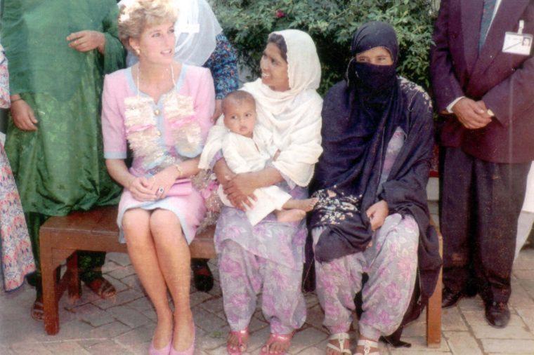 Diana Princess Of Wales Visit To Pakistan September 1991