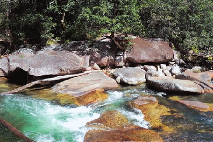 Babinda Boulders or Devil's Pool is an icon tourist attraction of the Cairns area