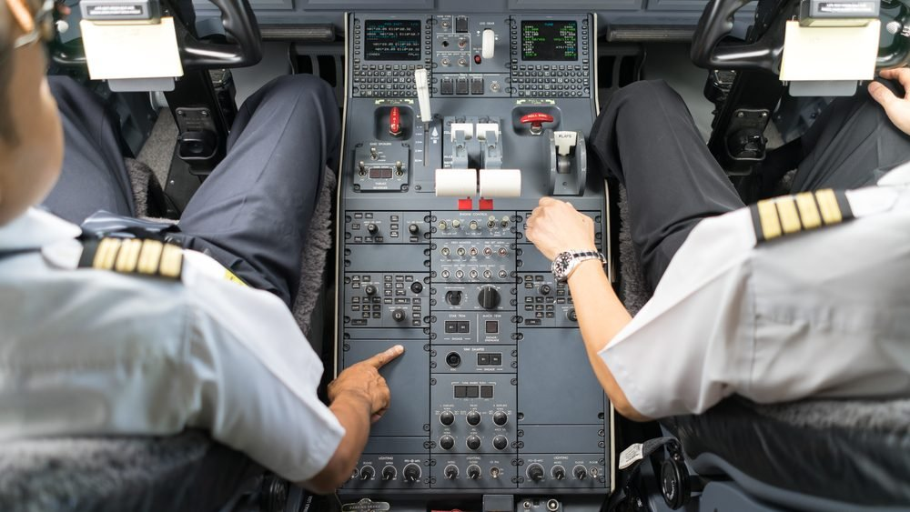 19 of the Scariest Moments Pilots Have Experienced on the Job