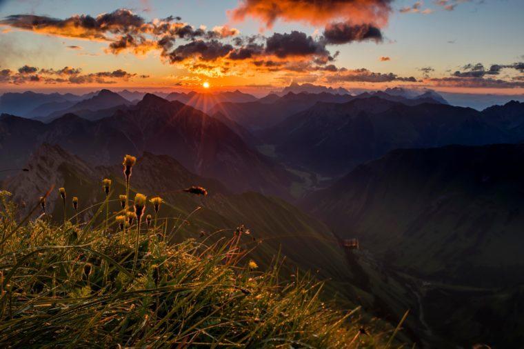 Ausserfern mountains at sunrise, Elemen, Lechtal, Bezirk Reutte, Tyrol, Austria