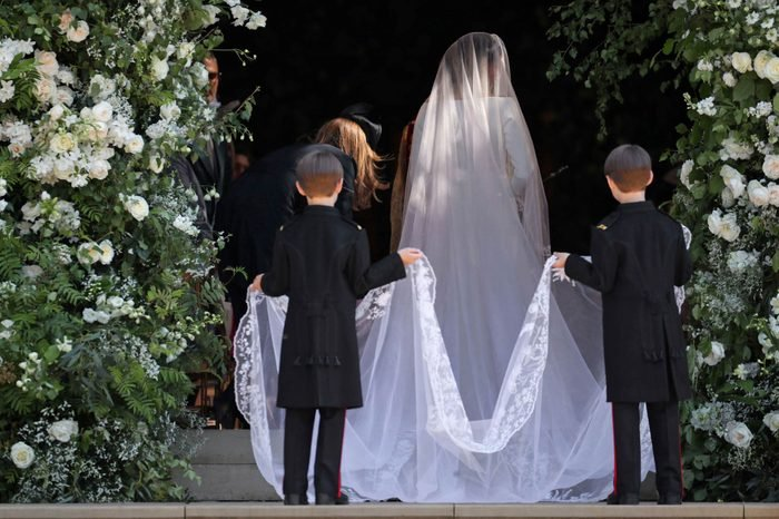 tiny-details-you-didnt-notice-about-the-royal-wedding-9685436di-REX-shutterstock
