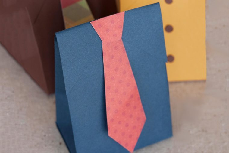 Paper Crave Suit and Tie Box