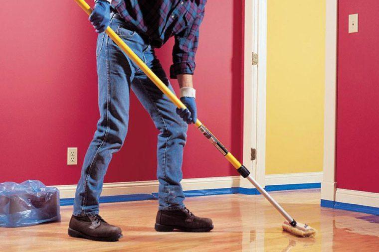 09-Refinish-hardwood-floors-FH98JUN_REVWLR_01-1-1200x1200