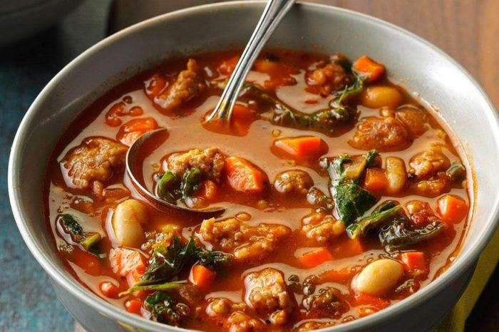 2-Pressure-Cooker-Italian-Sausage-Kale-Soup_exps207667_TH163619D09_30_5b-2-1024x1024