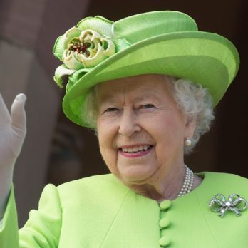 9 Things Queen Elizabeth II Actually Has the Power to Do