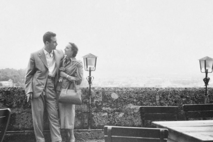 Portrait of young couple in 1950