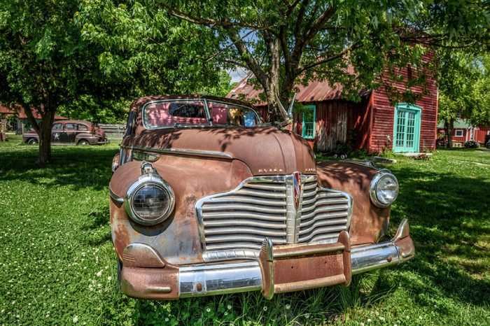 CARTHAGE, MISSOURI, USA - MAY 11, 2016 : Classic 1940/41 Buick Eight located near historic Route 66 in Missouri.