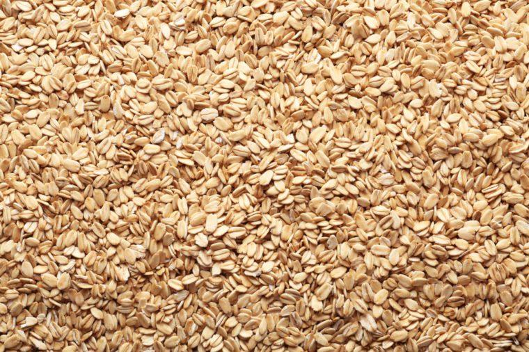 Raw oatmeal flakes