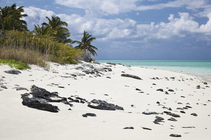 Deserted island view of Schooner Cay