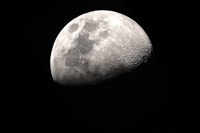 Half Moon Background / The Moon is an astronomical body that orbits planet Earth, being Earth's only permanent natural satellite