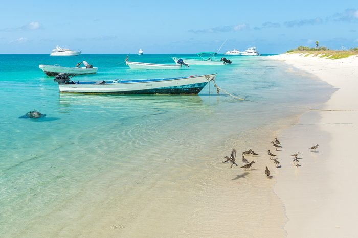Shoreline of Crasqui Island, in Los Roques archipelago, Venezuela