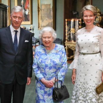 6 Ways Queen Elizabeth II Sends Her Staff Secret Messages