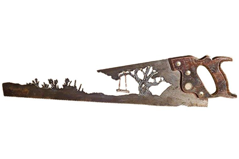 39_Custom-wall-art-made-of-repurposed-hand-saw