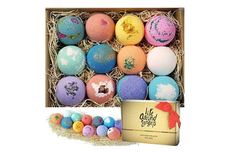 3_Handcrafted-bath-bombs-for-a-luxe-tub