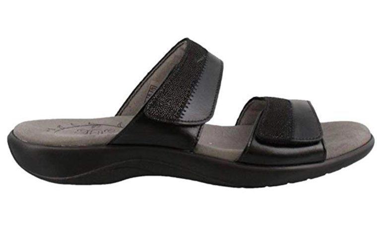63_SAS-handcrafted-sandals