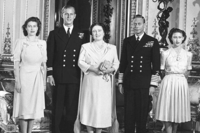 London, England: September 15, 1947 The Royal Family prepares for the wedding of Princess Elizabeth and Phillip Mountbatten. L-R: Princess Elizabeth, Lt. Mountbattten, Queen Elizabeth, King George, and Princess Margaret Rose.
