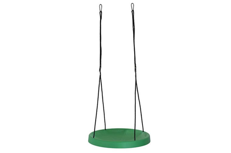 8_A-super-fun-swing-set-for-the-kiddos