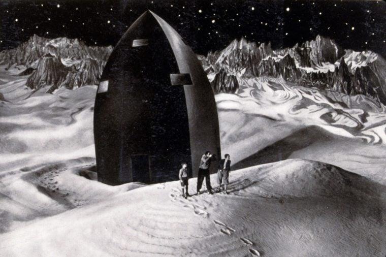 FILM STILLS OF 'WOMAN IN THE MOON aka FRAU IM MOND' WITH 1929, WILLY FRITSCH, GERDA MAURUS, GUSTL STARK-GSTETTENBAUR, SCI-FI, MOON, SPACE TRAVEL, TRANSPORTATION, SPACE SHIP, MOON WALKING IN 1929
