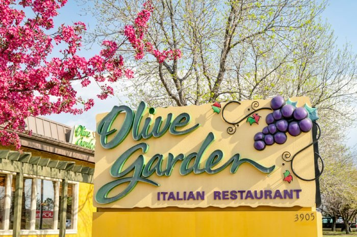 Olive Garden, lively, family-friendly chain featuring Italian standards such as pastas & salads, with a full bar.