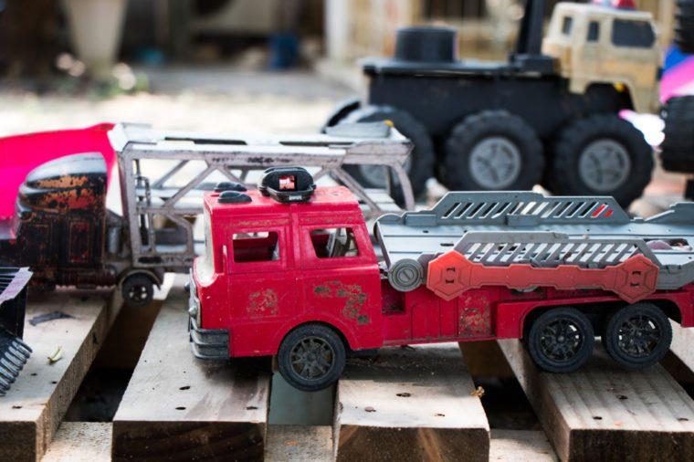 toy car track