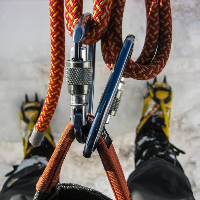 This Climber Was Stuck in a Crevice for 22 Hours—Here's How He Survived
