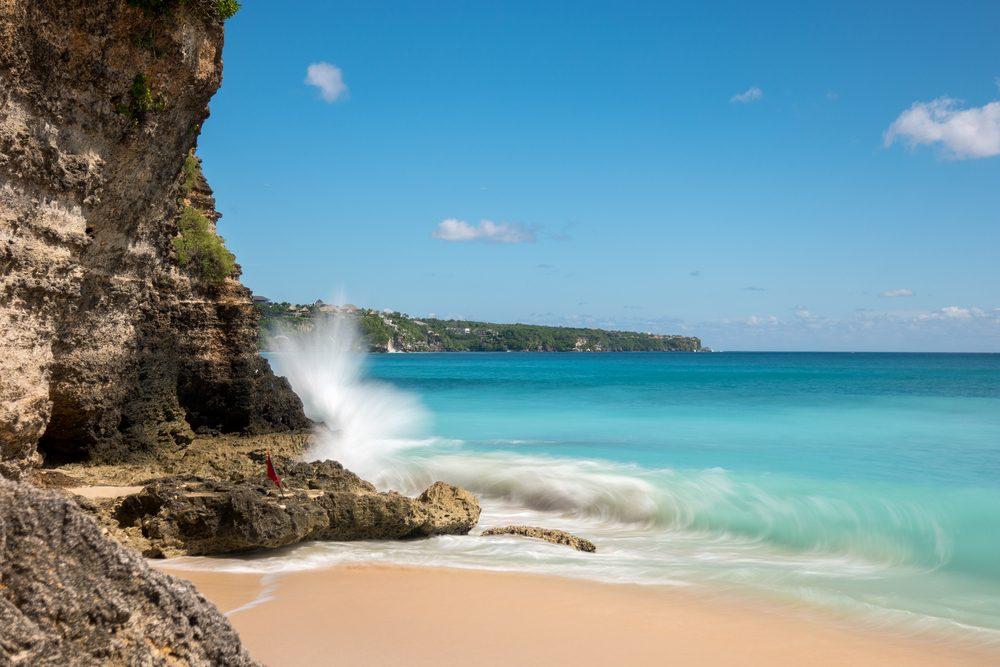 Dreamland beach in Bali, Indonesia. Longexposure shot