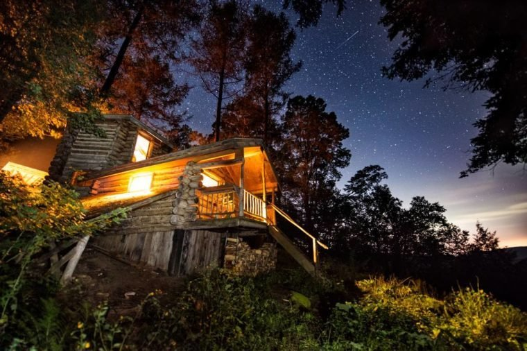 off-the-grid cabin