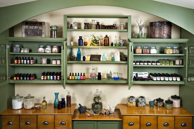 L'Apothecary