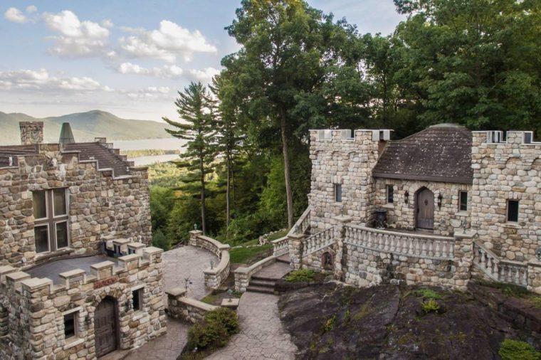 the castle cottage