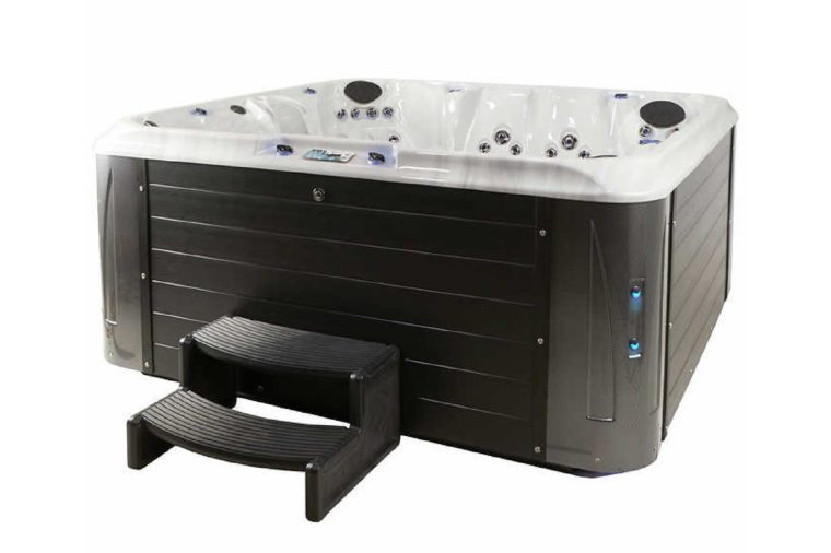 Evolution Spas Oxford 121-jet, 7-person Spa