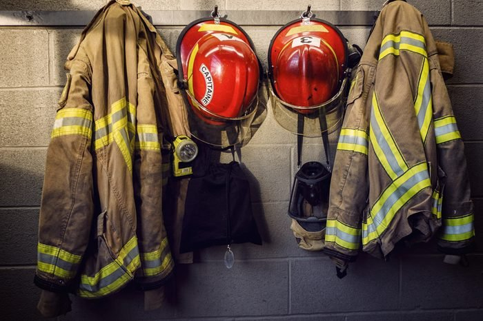 Firefighter protection helmet
