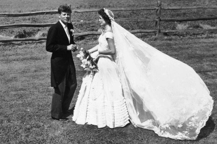 JOHN F KENNEDY WITH JACQUELINE KENNEDY