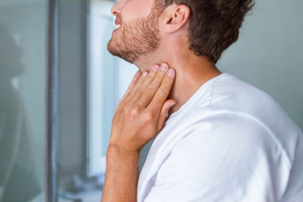 What Standard Thyroid Testing Won't Tell You | Reader's Digest