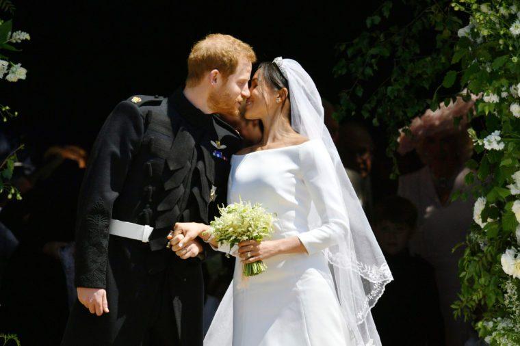 Prince Harry and Meghan Markle kiss