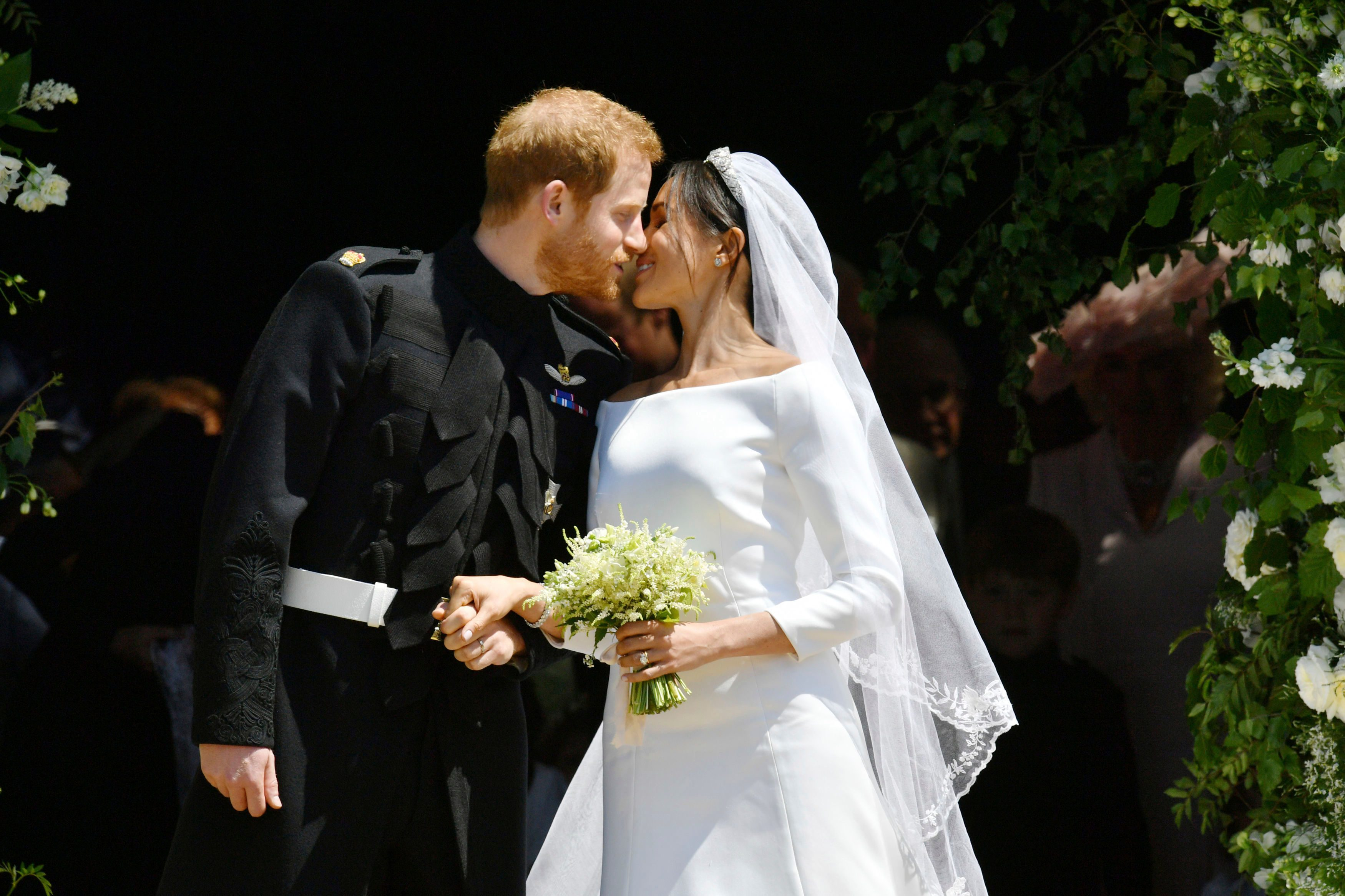 Markle Wedding Dress.Details You Never Noticed About Meghan Markle S Wedding Dress