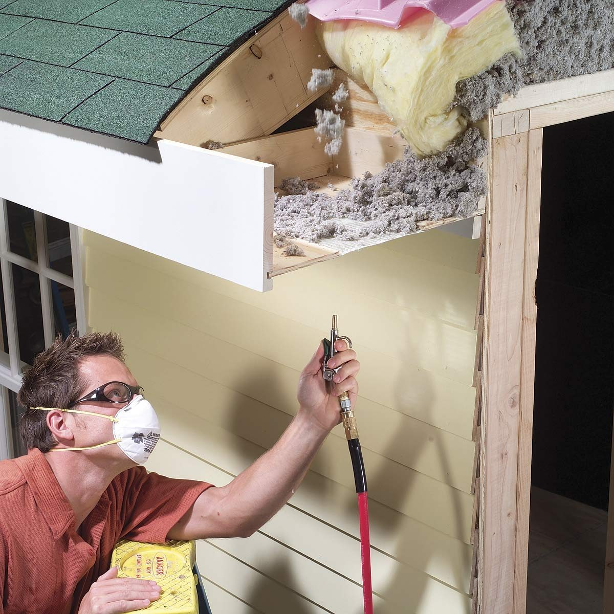 cleaning soffits