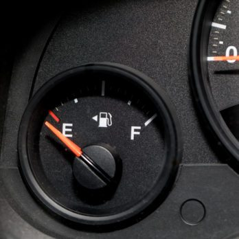 Here's How Far You Can Actually Drive of Empty
