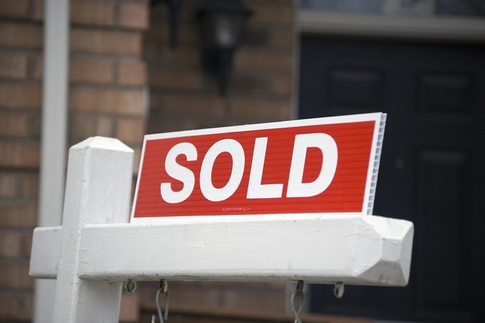 sold sign / real estate