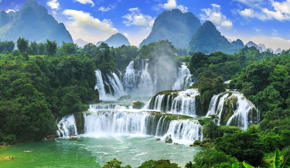 What You Need to Know About the World's Most Incredible Waterfalls