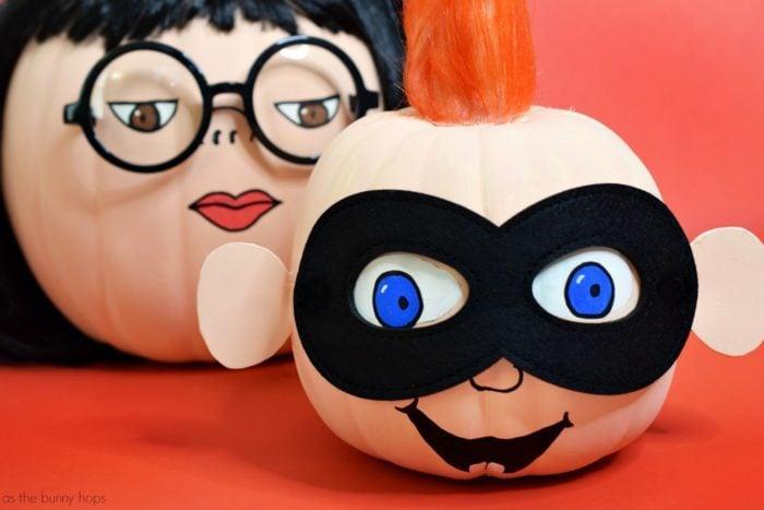 Edna-and-Jack-Jack-Pumpkins-700x467