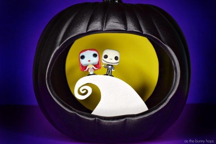 Jack-and-Sally-Hill-Pumpkin-700x467